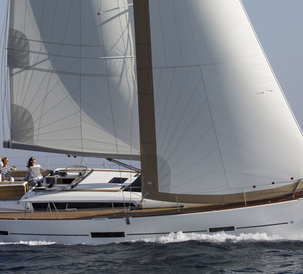 Dufour 460 GL Bloody Mary