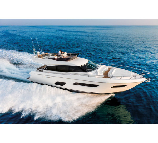 Ferretti Yachts 550 Lagoon