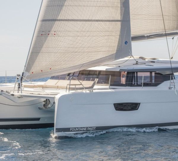Fountaine Pajot Astrea 42 Quatuor MACHO