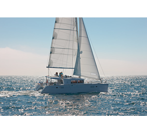 Lagoon 450 F Summer Wind 1 (AC 4 cabin version, generator, icemaker)
